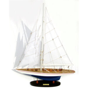 Endeavour festett makett L60 Vitorlás hajómakett